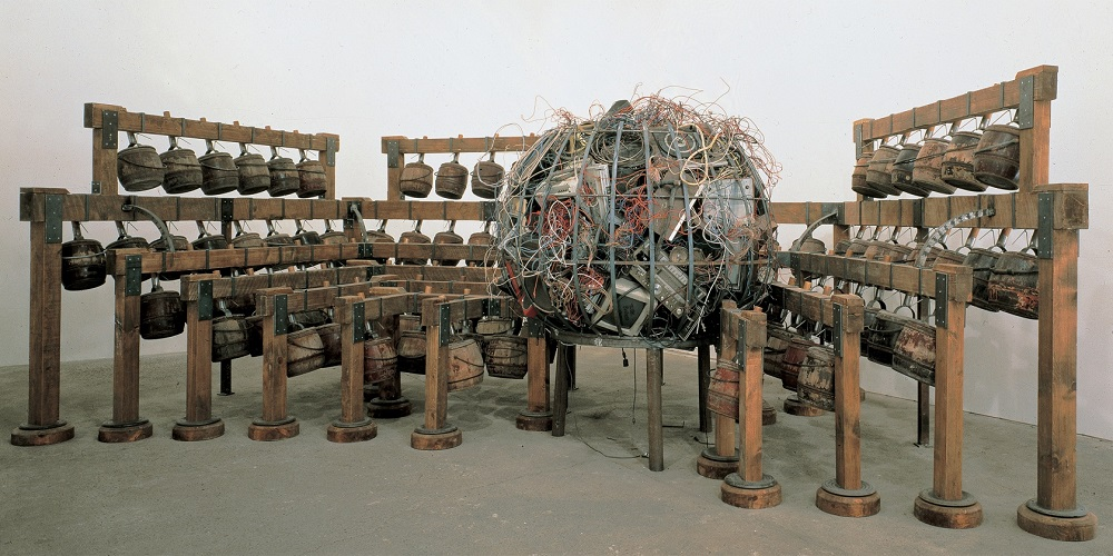 Chen Zhen Image: Daily Incantations, 1996, Courtesy de Sarthe Gallery, Hong Kong and GALLERIA CONTINUA, San Gimignano / Beijing / Les Moulins, Photo Tom Powell.