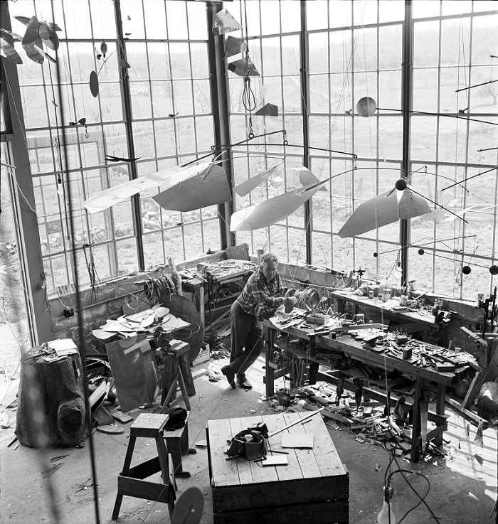 Alexander Calder in his Roxbury studio, 1941 Photo credit: Calder Foundation, New York / Art Resource, NY © ARS, NY and DACS, London 2015