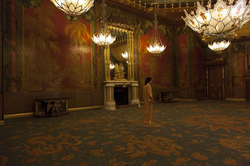 Production still from Gulchenrouz by Andrew Nicholls. Image by Casey Ayres, with thanks to the Royal Pavilion and Museums, Brighton.