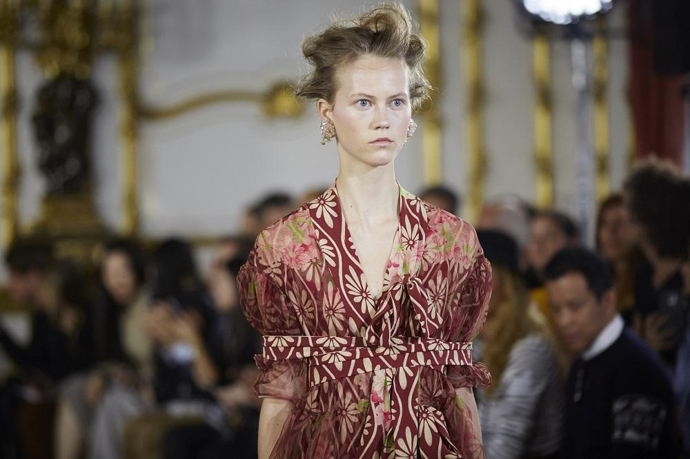 Simone Rocha SS16, Front of House (Shaun James Cox, British Fashion Council)