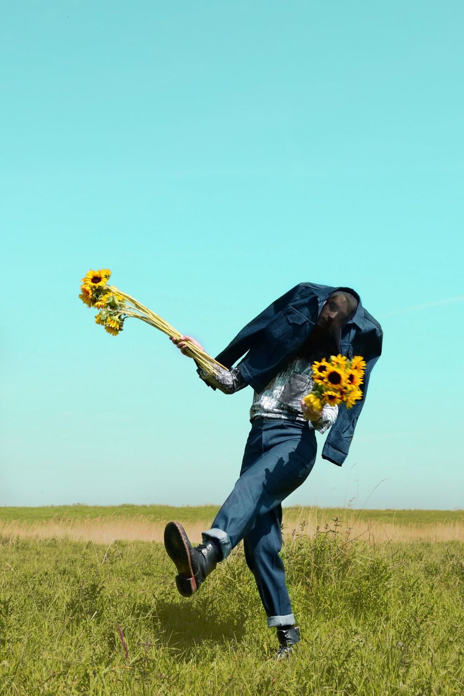 Strom Gino Anthonisse Pollenator by Lisandro Suriel Ehi
