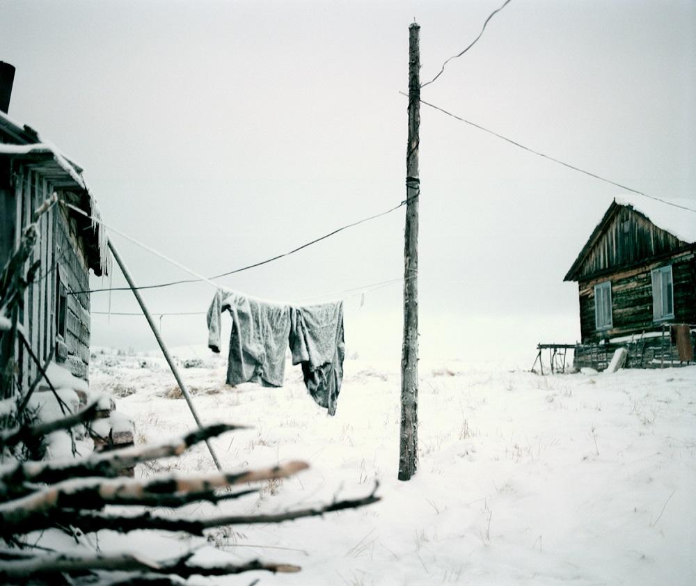 Russia, Oblast Murmansk, 2006 / Brigade number three - from the series NomadsLife ©Jeroen Toirkens