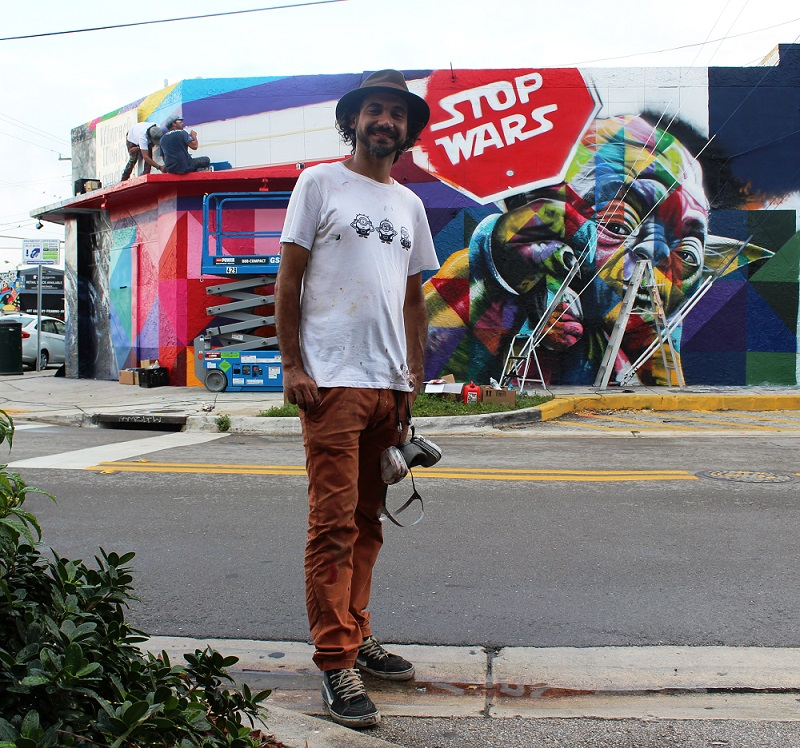 Brazilian artist Edouardo Kobra in front of his mural in progress in Wynwood - photo by Robert Dempster