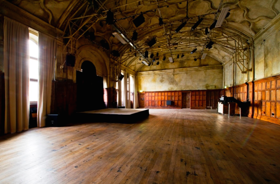 The Councli Chamber, Battersea Arts Centre – Photo Credit – Vikki Ellis