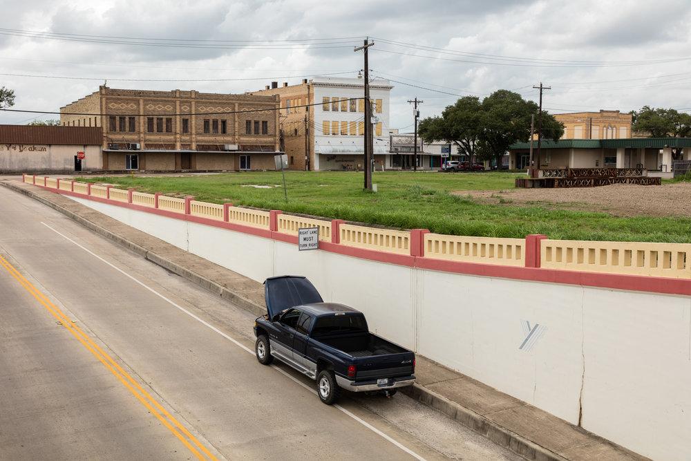 Morris Street  Yoakum, Texas (2016)