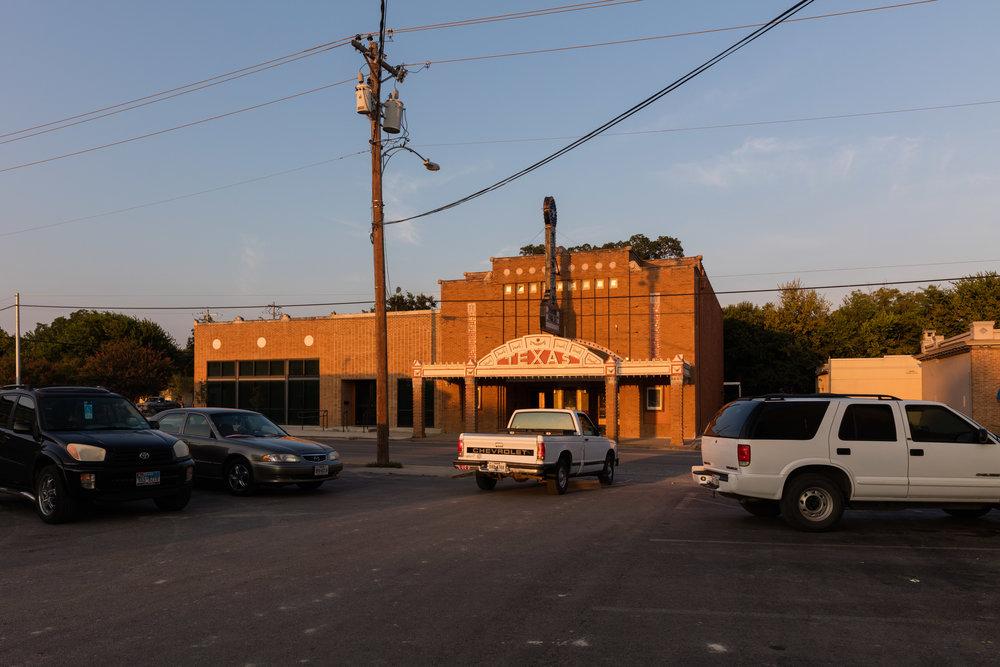 Austin Street  Seguin, Texas (2015)