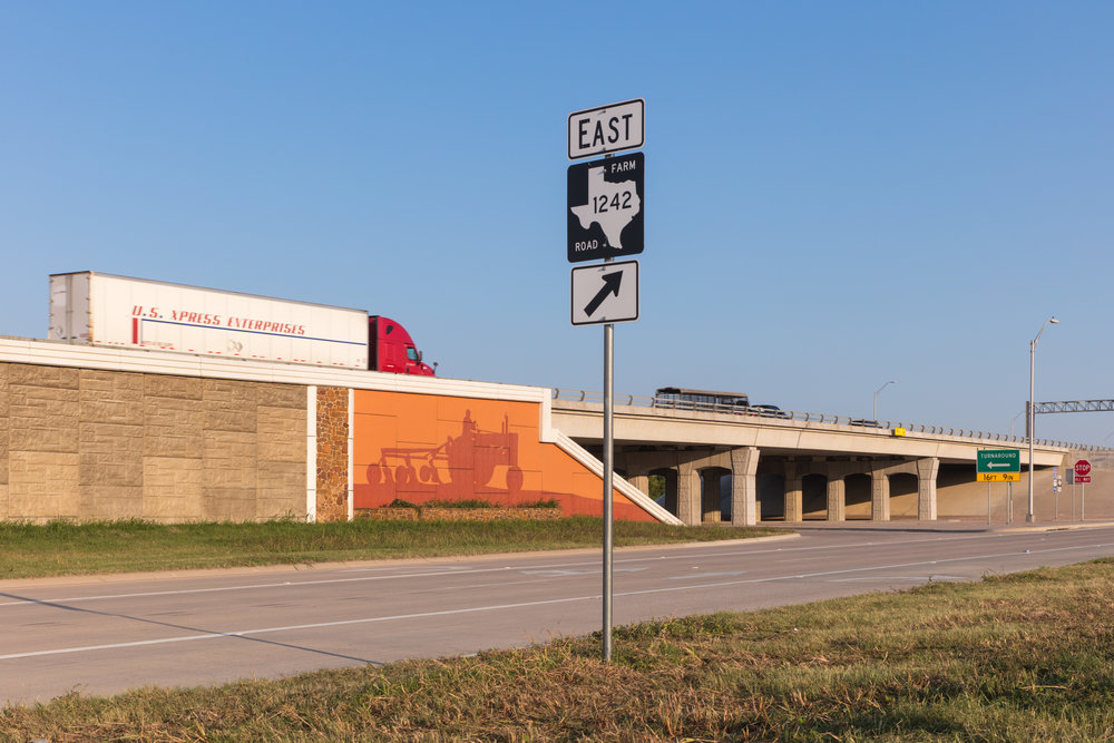 I-35 & Pine Street  Abbott, Texas (2017)
