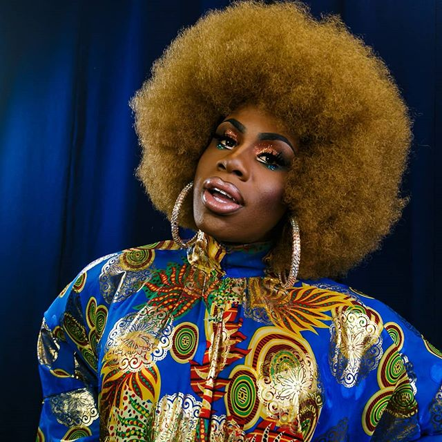 I was invited along by @slaypresents to shoot the meet and greet and show for @monetxchange and quickly grabbed this between sets.  The full album can be found on the Slay Presents Facebook page