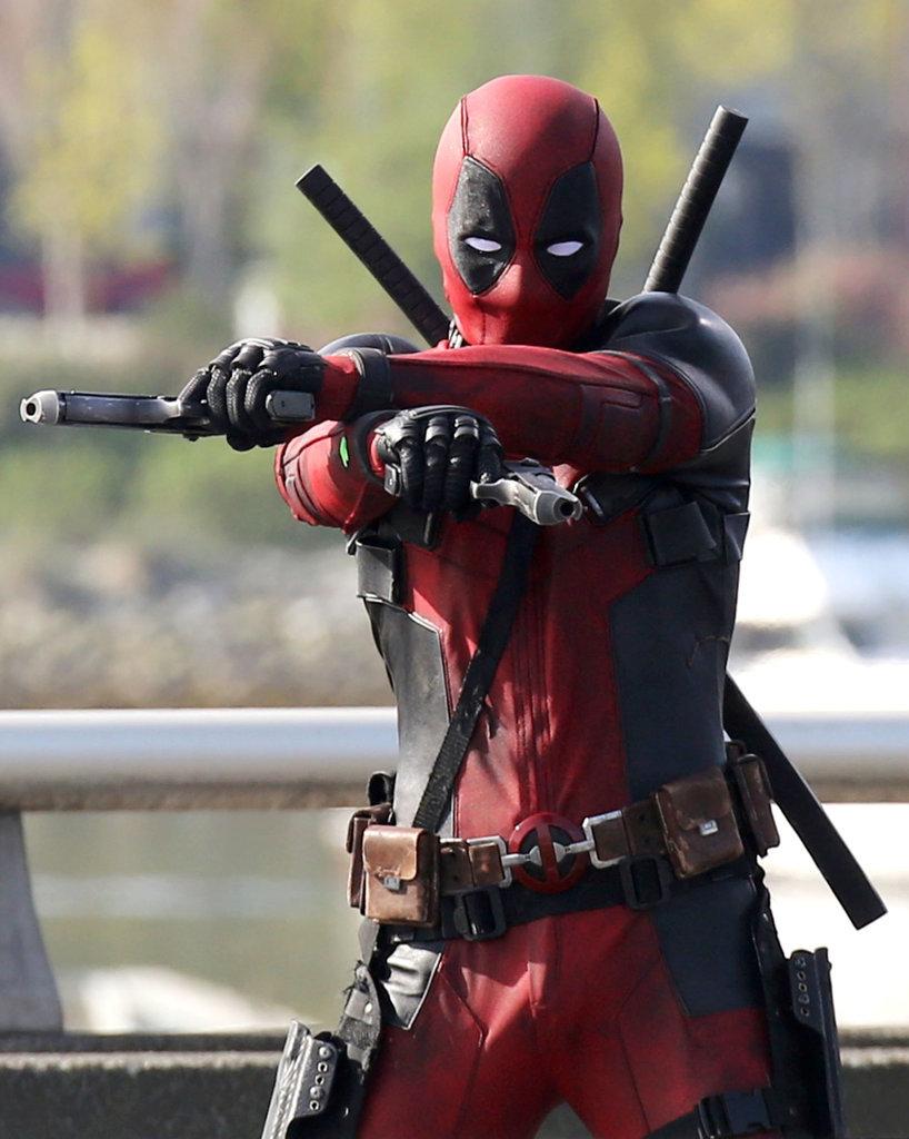 Deadpool-Set-Pictures-Ryan-Reynolds.jpg