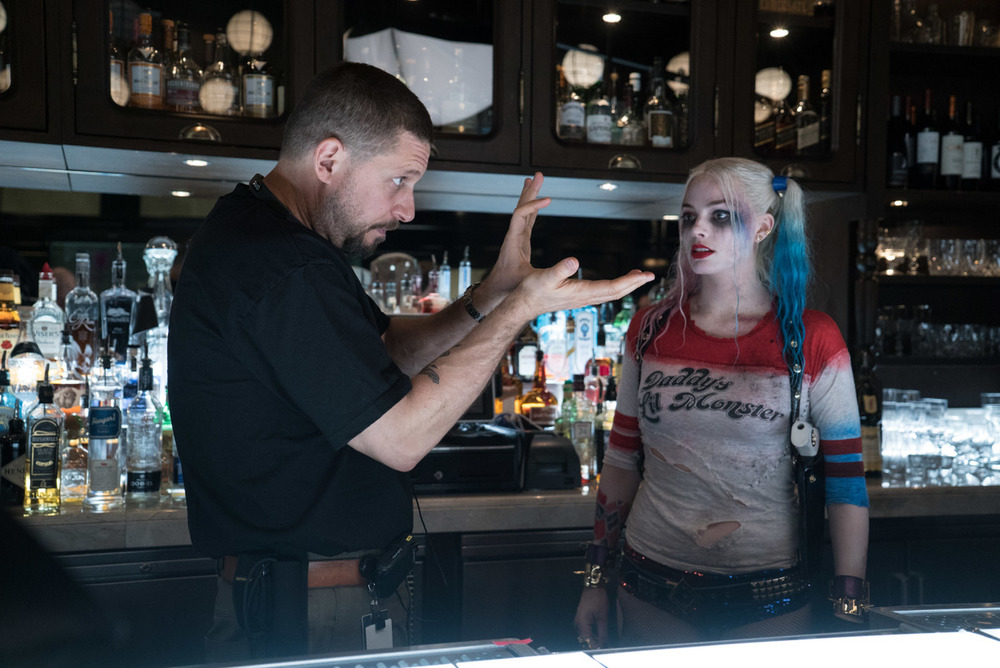suicide_squad_set_photo_david_ayer_margot_robbie.jpg