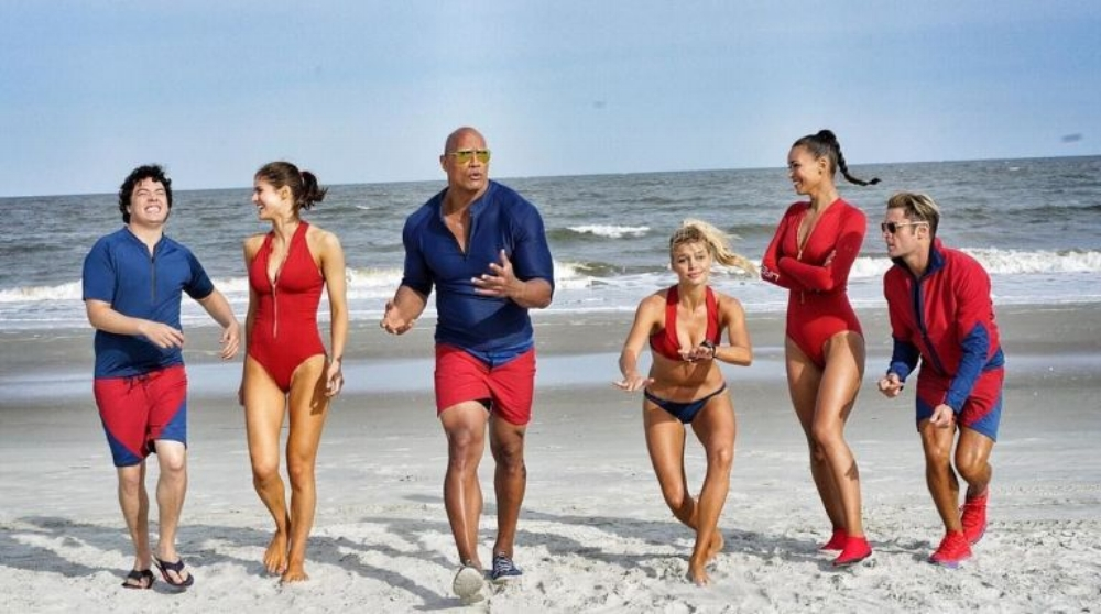 gallery-1459527331-baywatch-cast.jpg