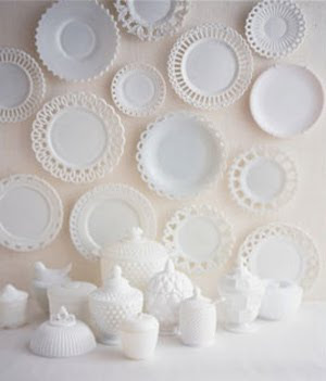 display - milk-glass-ms
