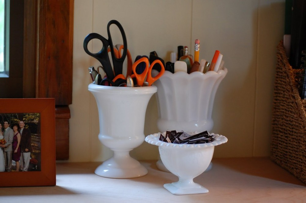 practical uses for milk glass on your desk - DSC_0405