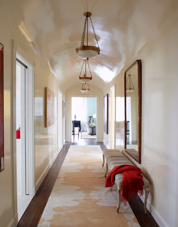 vaulted-hallway-high-gloss-paint