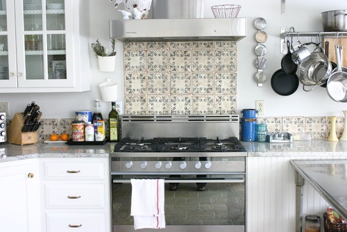 backsplash used sparingly