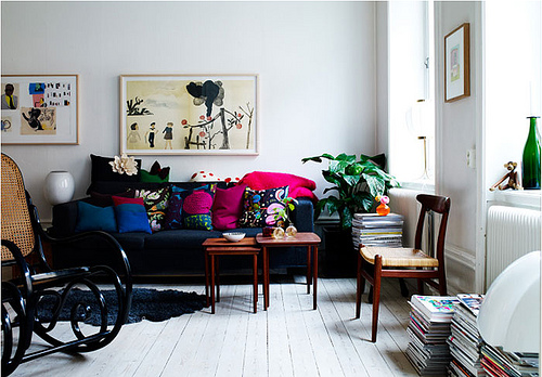 navy sofa - 4350029127_71b7890eff