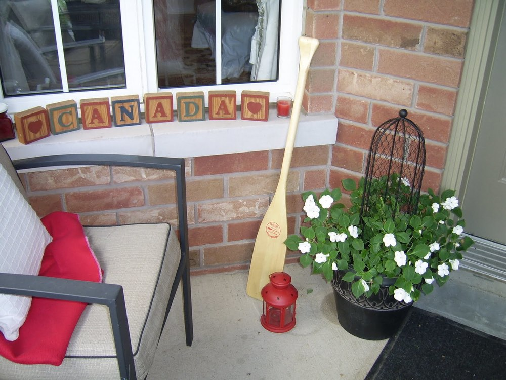 1 - canada day porch decor