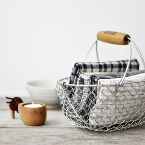 basket for blankets