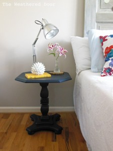 navy pedestal side table WD 1