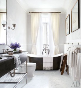 Brooke-Shields-bathroom-NY-townhouse-AD