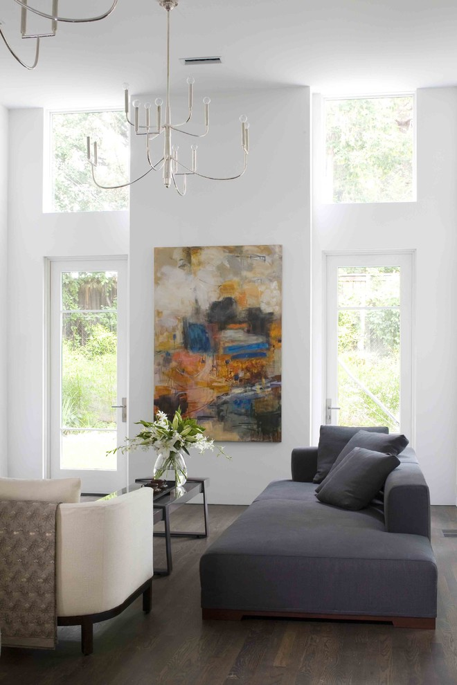 Surprising-Modern-Hanging-Chairs-Ideas-in-Living-Room-Modern-design-ideas-with-bare-bulb-chandelier-chandelier-Clerestory-dark-floor-floral.jpg