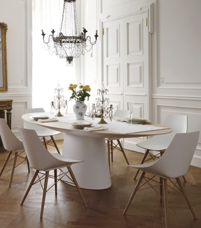 oval table 3.jpg