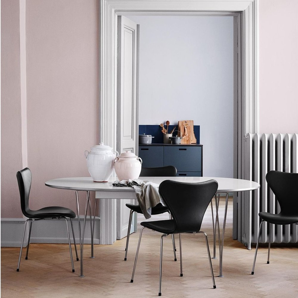 """The Super Elliptical table from Design Within Reach is both modern and classic at the same time, boasting 47"""" of extension to its 71"""" closed position."""