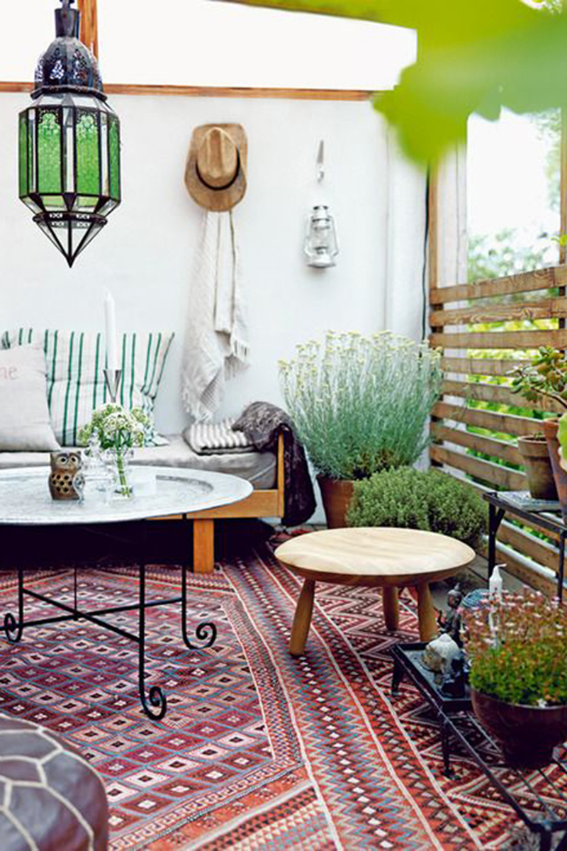 outdoor boho patio.jpg