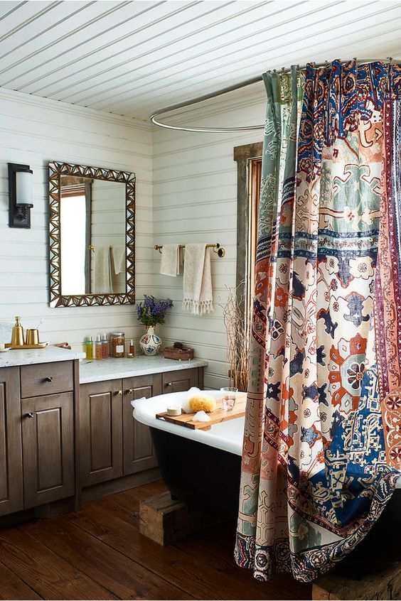 boho bathroom.jpg