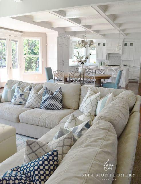 10296585bff4bd74f41aeba27c4543b4--neutral-living-rooms-neutral-sofa.jpg