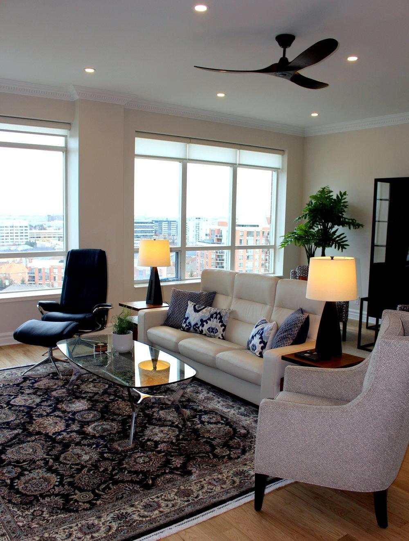 penthouse living 2.JPG