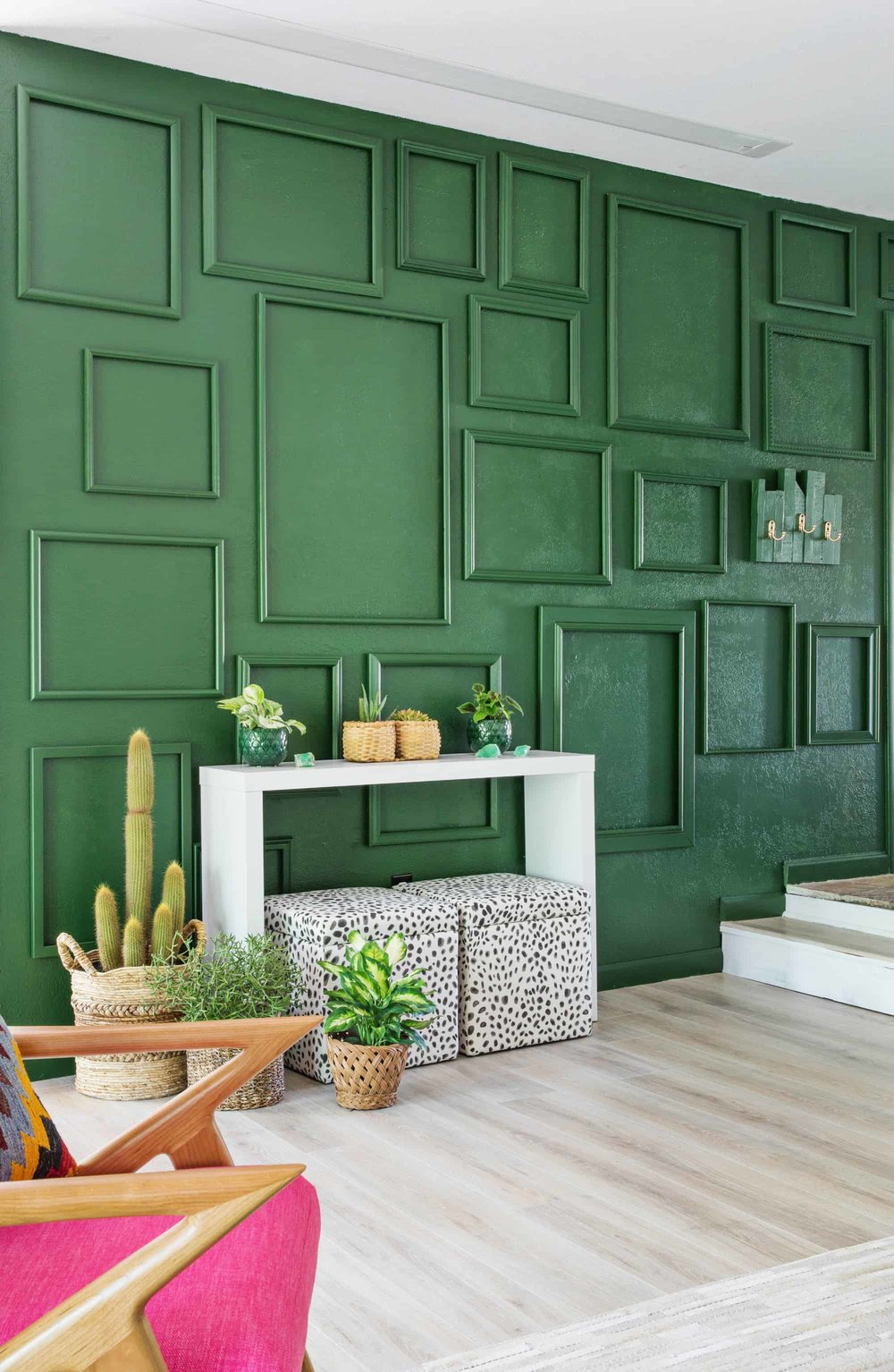 green-accent-wall.jpg