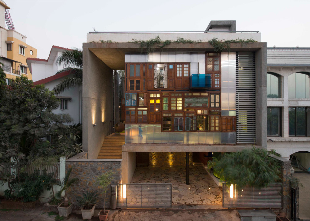 collage-house-s-ps-mumbai-india-sebastian-zachariah-ira-gosalia-photographix-pinkish-shah_dezeen_1568_2.jpg