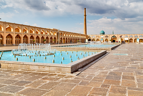 old square of isfahan.jpg