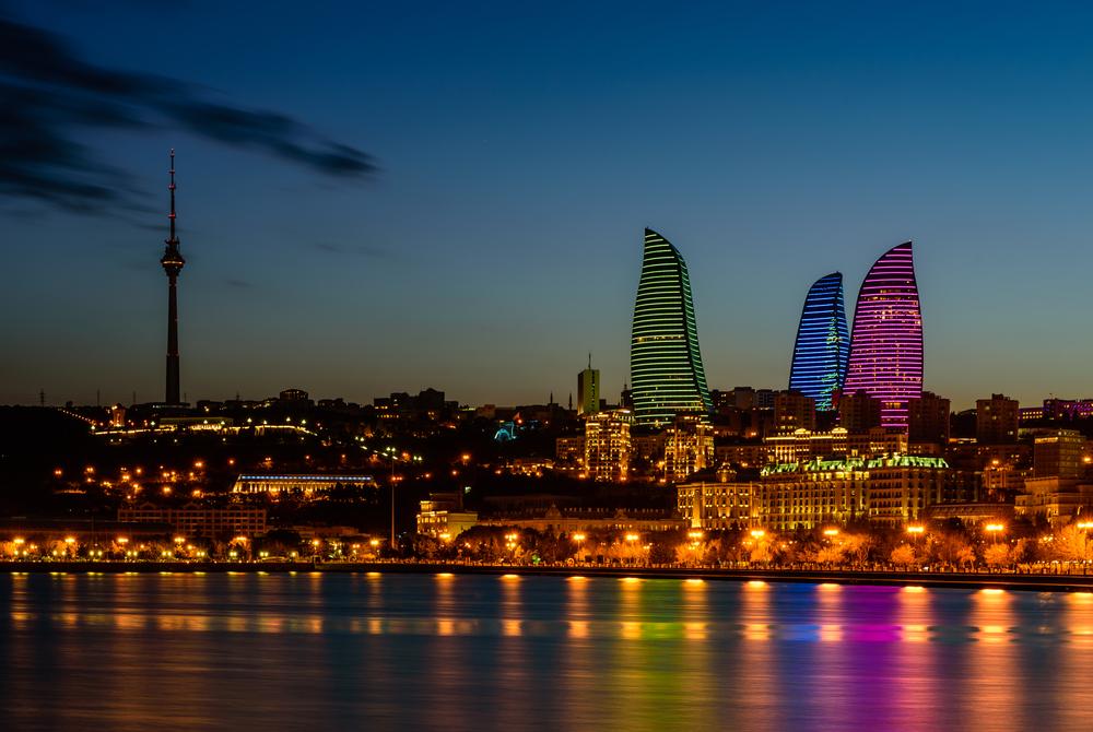 Baku by night.jpg