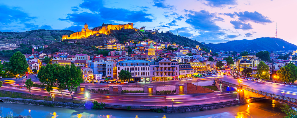 Tbilisi pano night.jpg