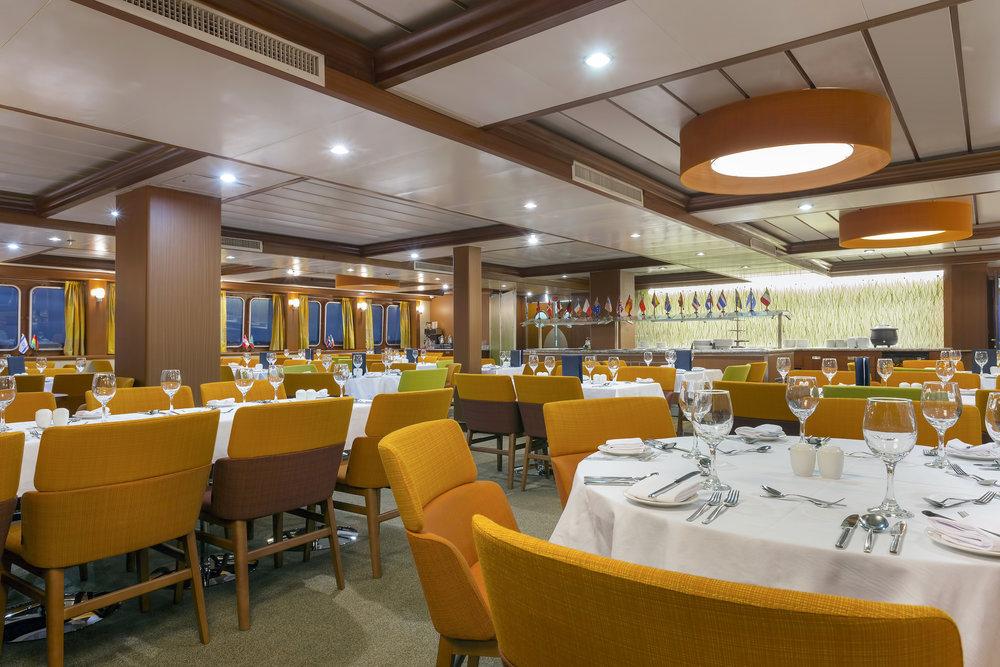 36-Beagle-Dining-Room.jpg