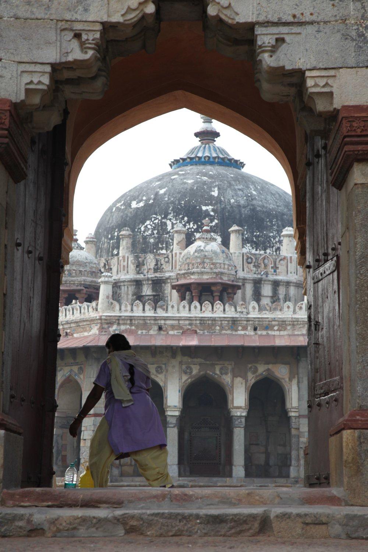 Isa Khan Niyazi's Tomb in Delhi-Lisa Christensen