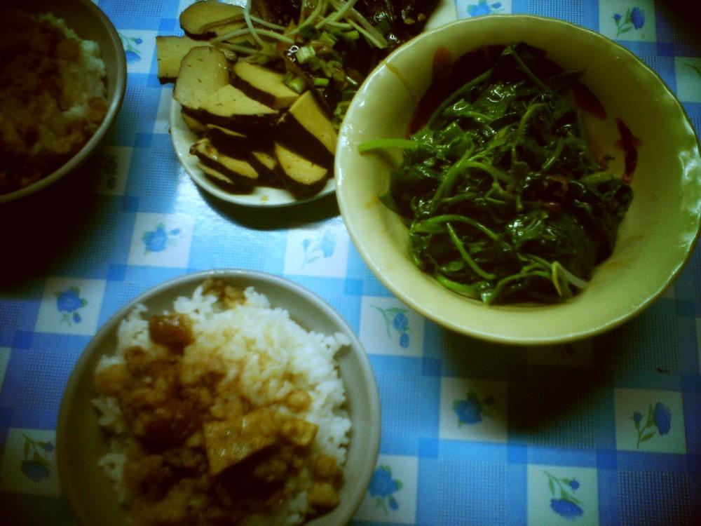 let's eat_5211905546_o.jpg