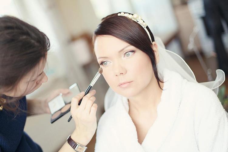 makeupbackstage.jpg