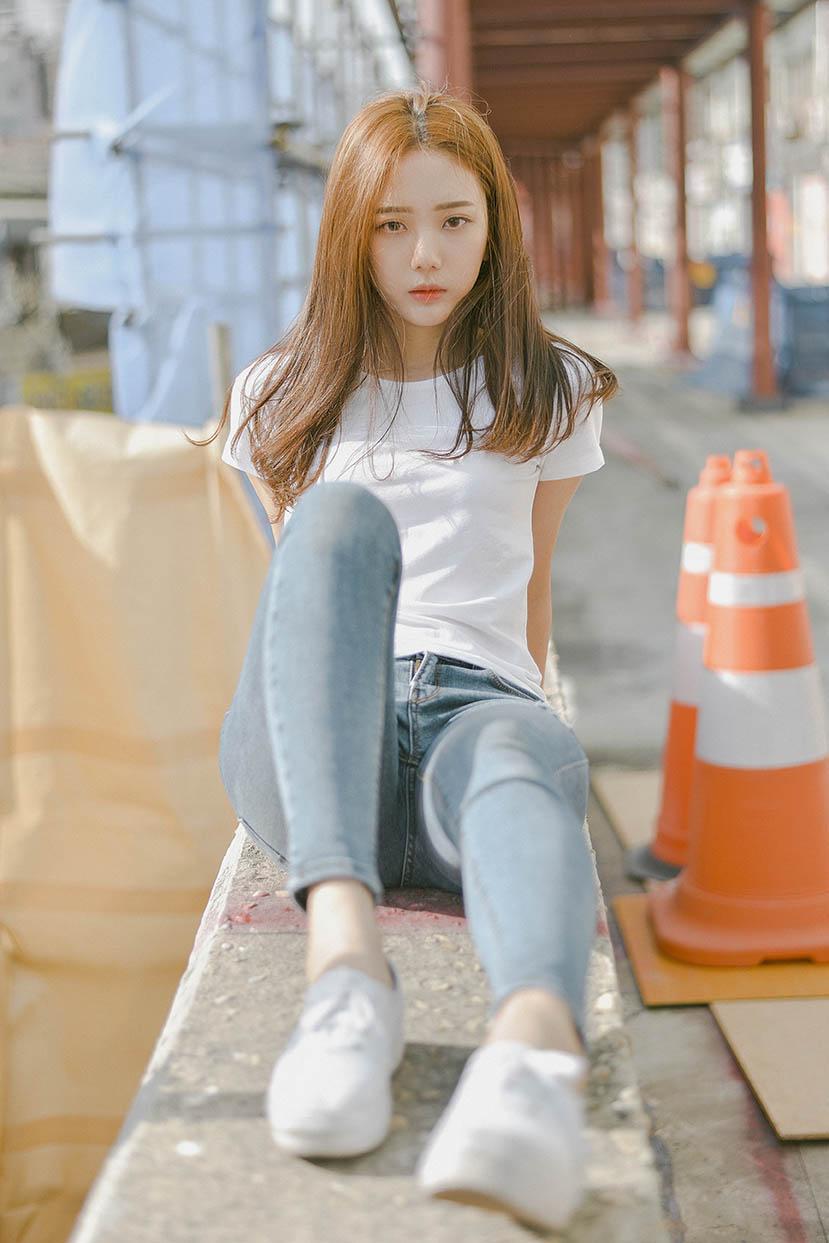 트렌드를 리드하는 나만의 스타일,카메라 앞에서 당당하게 표현하는 유니크한아이덴티티. - by Lizzyeye, Seoul