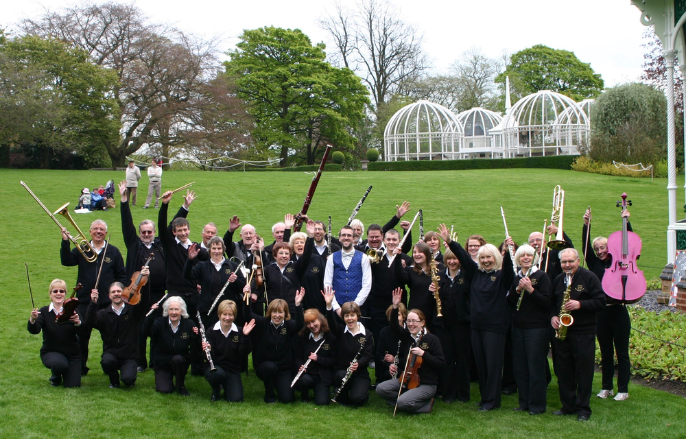 With the Alveley Village Band at the beautiful Birmingham Botanical Gardens, everyone looking very happy! Some were away on holiday but we still had a big team!