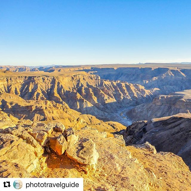 Magnificent image of the Orange River carving through a canyon in Namibia. Thanks for tagging us, @phototravelguide #orangeriver #htx #namibia #southafrica