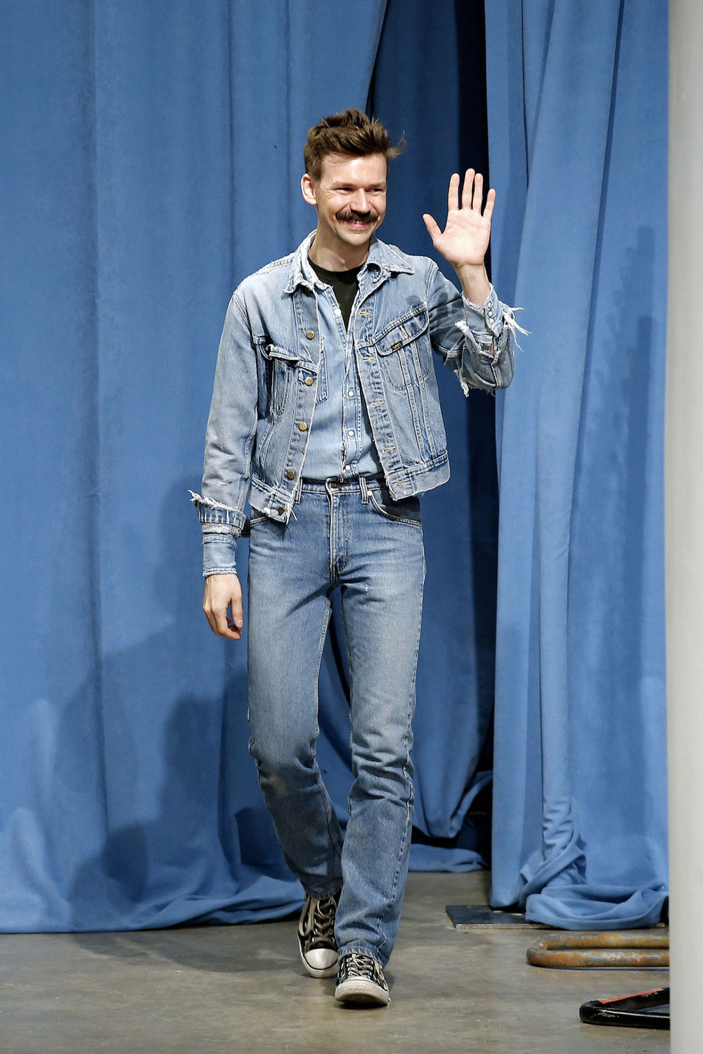 Adam Selman rocking triple denim!! Love it!!! Check out this awesome vintage dress available at  http://www.lauralana.com.au/shop/stone-wash-button-through-denim-dress