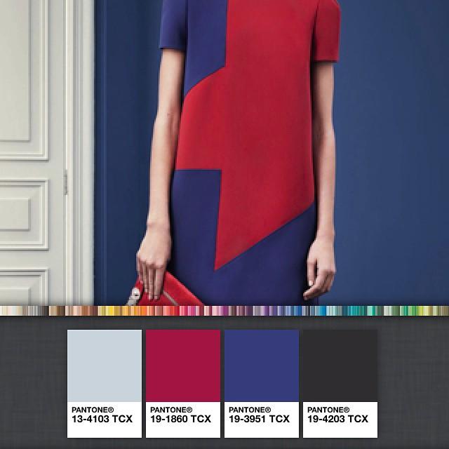 Creating colour pallets! #getcreative #fashion #versace #prefall2015