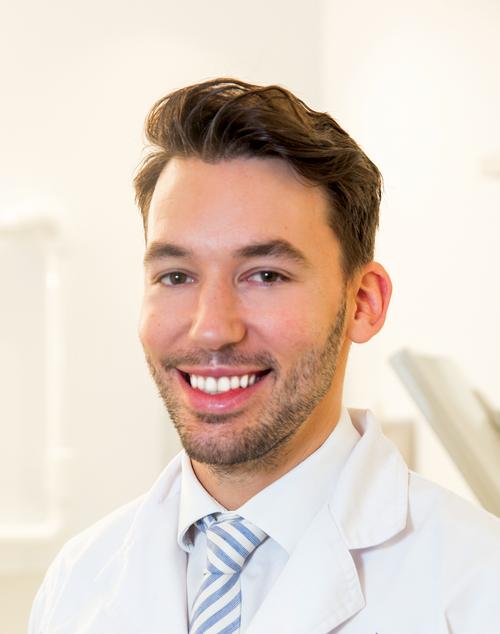 Dr Richard Tippett | Pyrmont Dentist | Emergency Dentist