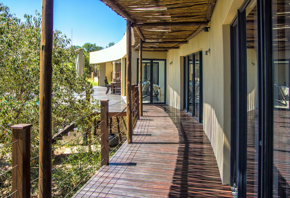 3 En-suite bedrooms in main home with own decks