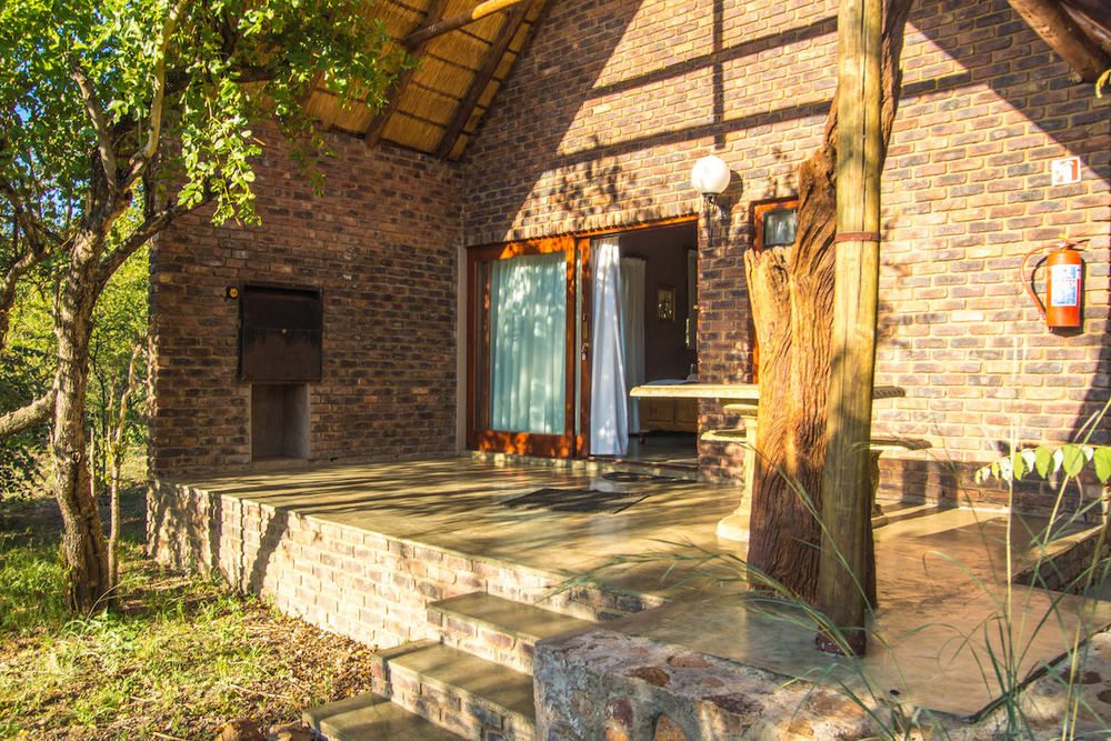 2 Seperate ensuite rooms with patio & braai