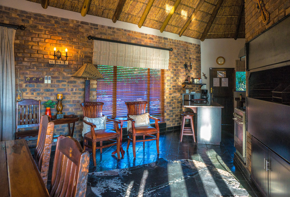 Indoor braai & fireplace for cold winter evenings