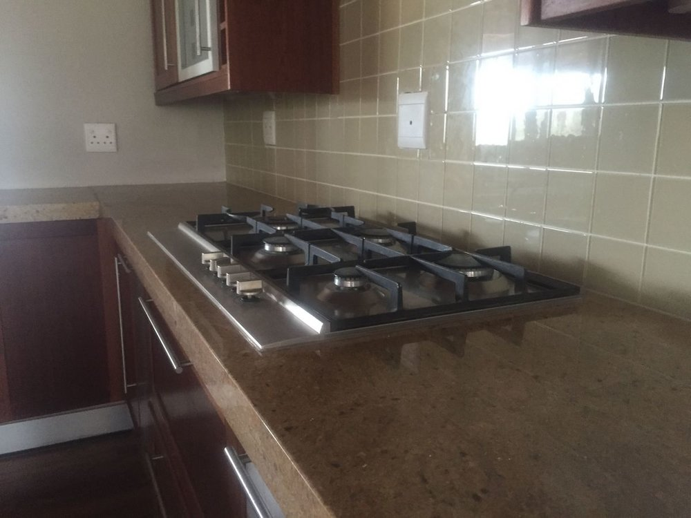 kitchen gas stove.jpg